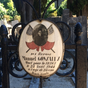 Cemetery plaque for Manuel Gonzalez died 1944